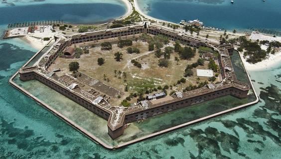 Fort Jefferson, Dry Tortugas National Park © Visit Florida